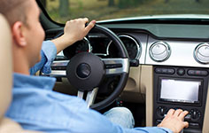 Navigation systems are available in English, Chinese, and Korean.