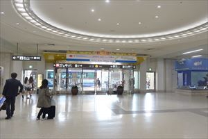 2. For ORIX Rent-A-Car and Travel rent-a-car, go outside through Entrance 1. For others, go through Entrance 3 in front of Arrival Gate to outside.